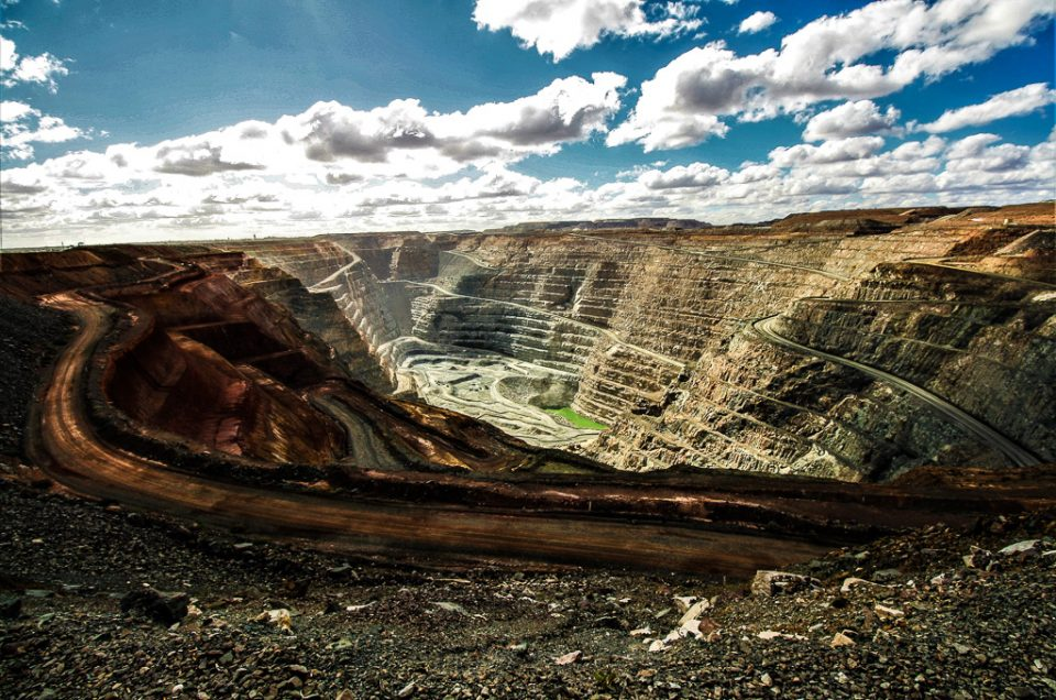 Kalgoorlie: Skimpies and Gold in the Aussie Outback
