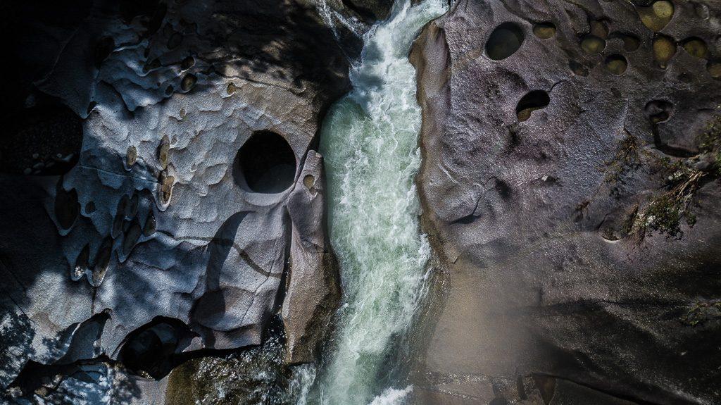 Babinda Boulder Cairns